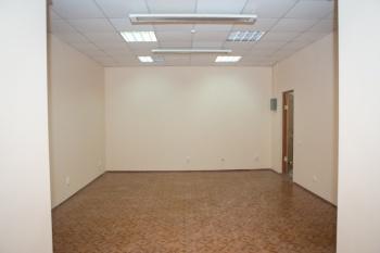 Аренда  офисы Сулейманова 7