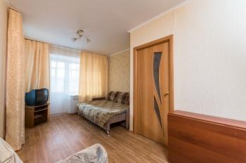 Посуточная аренда 1-к квартиры Карбышева д.40