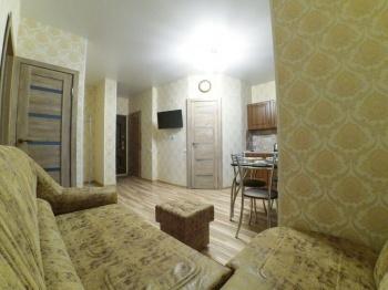 Посуточная аренда 2-к квартиры Фучика 14 в