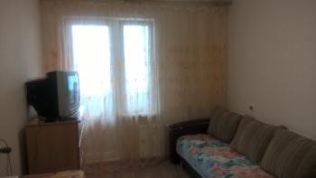 Посуточная аренда 1-к квартиры Садовая