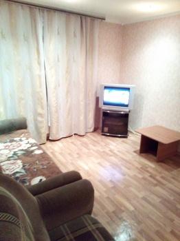Посуточная аренда 1-к квартиры королева 16а