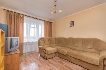Посуточная аренда 1-к квартиры Латышских Стрелков 39