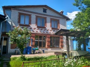 Продажа  дома Центральная (пос. Петровский)