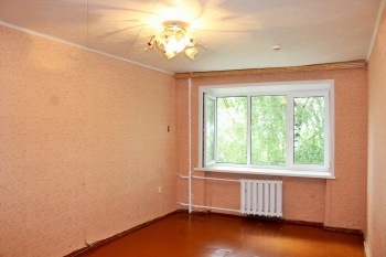 Продажа 1-к квартиры короленко 40