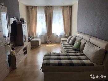 Продажа 3-к квартиры Павлюхина 128