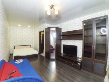 Посуточная аренда 1-к квартиры Ямашева 103а