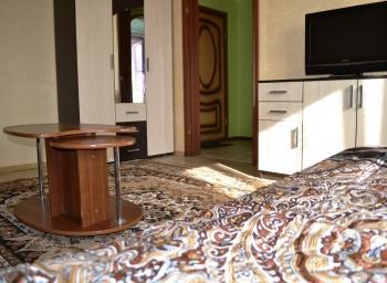 Посуточная аренда 1-к квартиры улица Чистопольская, 76