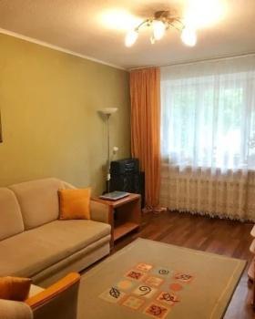 Продажа 2-к квартиры Липатова, 23
