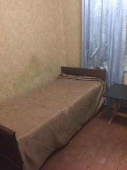 Продажа  комнаты Молодежная ,8