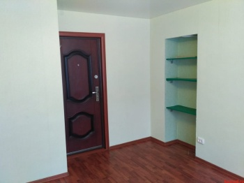 Продажа  комнаты Карбышева 60