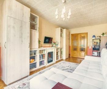 Продажа 3-к квартиры Адоратского 30