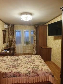 Продажа 2-к квартиры проспект Победы 78