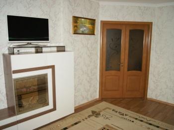 Продажа 1-к квартиры Тыныч, 3