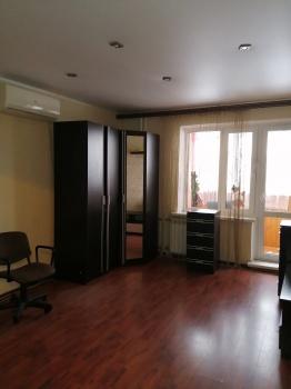 Продажа 1-к квартиры ул. Адоратского д.49