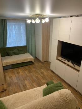 Продажа 2-к квартиры Декабристов 108