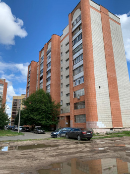 Продажа 3-к квартиры Лукина 55