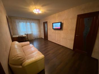 Посуточная аренда 3-к квартиры Павлюхина д.112